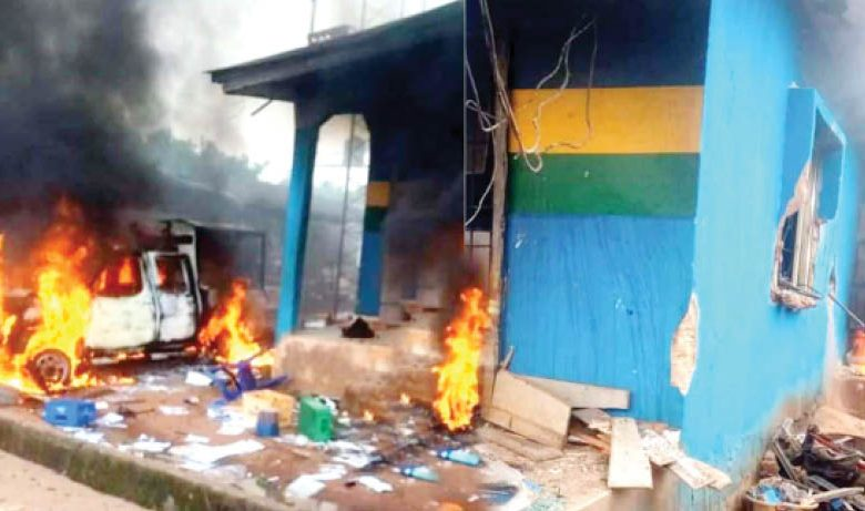 Police stationed burned in Edo State