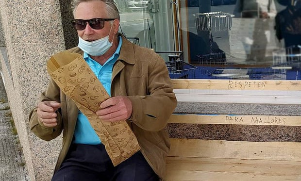 Man, 82, builds bench for wife in 30 minutes after council plea ignored